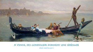 A Venise, des gondoliers donnent une sérénade
